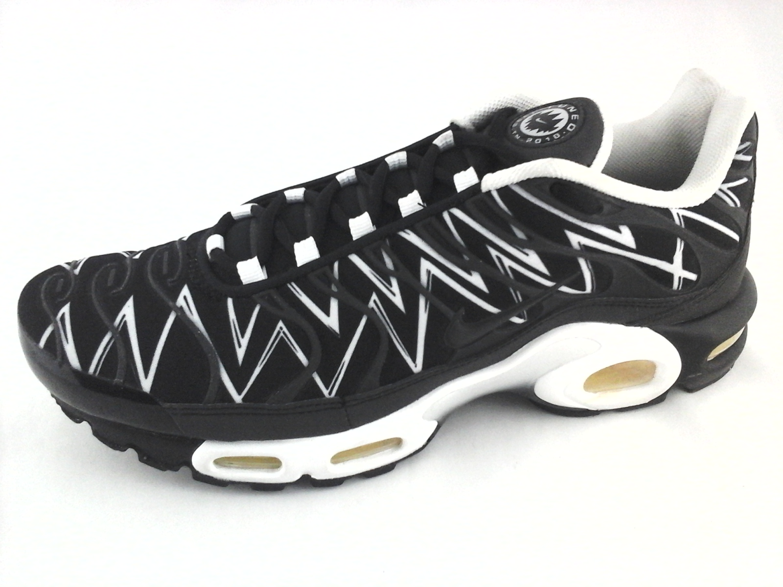 uk availability bf4ce eed71 NIKE AIR Max Plus Tuned TN The Shark Teeth AJ6311-001 Sneakers Mens US 10  EU 44
